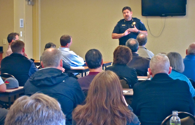 APD Chief Tom Chapman talks with attendees at the Hampton Inn. Photos by KLH | Eye