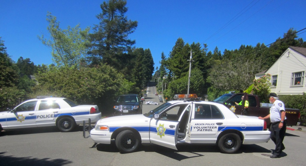 Arcata Police and volunteers cordon off Union Street during the investogation. KLH | Eye